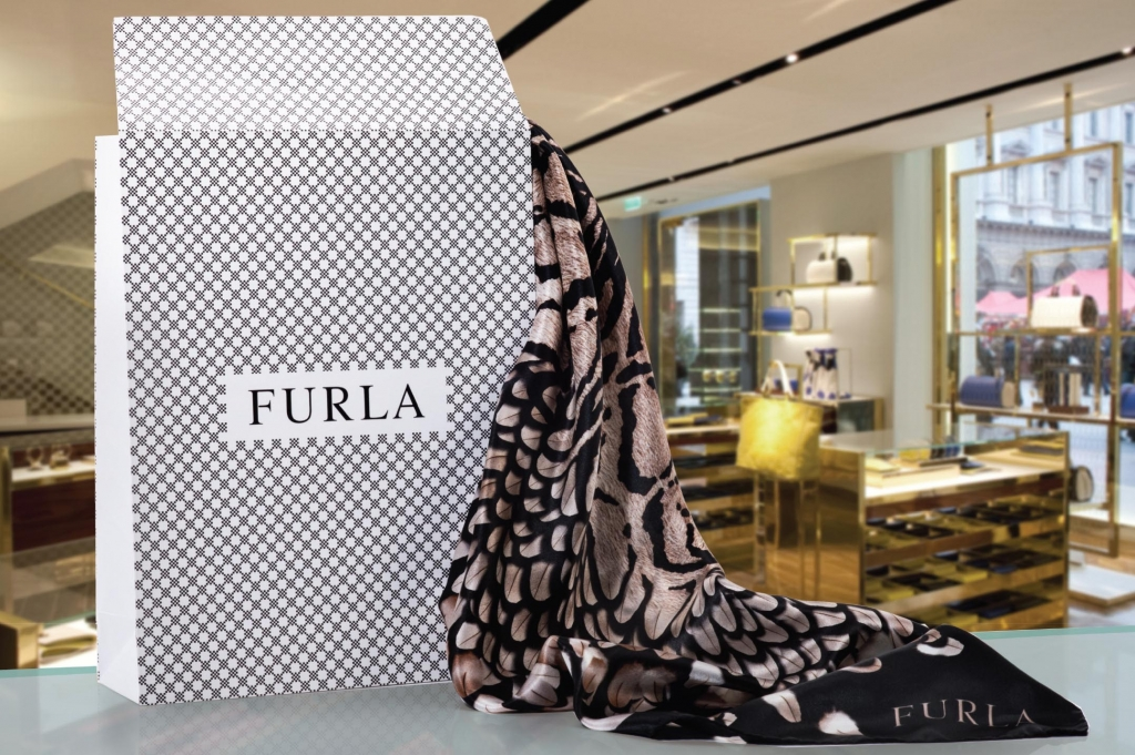 Retail Packaging Design Furla Carrier Bag A Work Of Art,Modern Kitchen Pantry Designs Pictures
