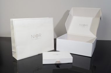Nior Box packaging